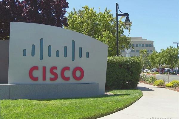 Cisco забыли удалить отладочный интерфейс из программного обеспечения