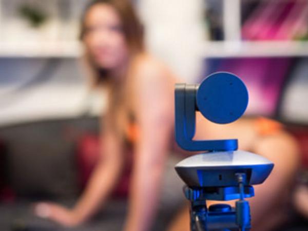 Сотни домашних веб-камер оказались доступны подглядывающим китайцам