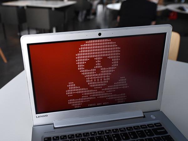 Кибератаки фиксируются на почти 40% компьютеров АСУ