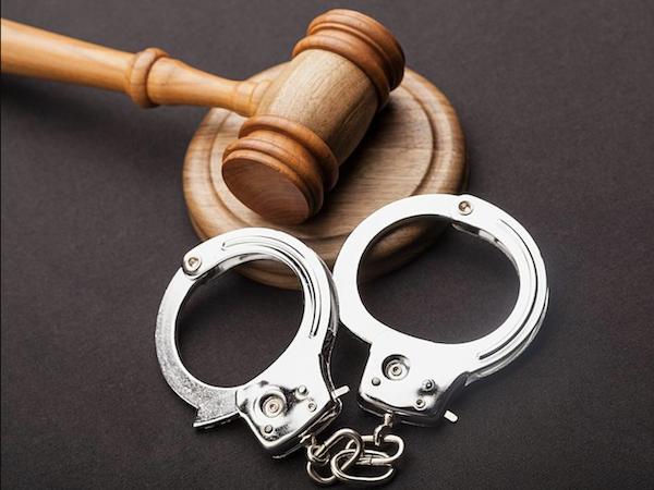 В Москве задержали мошенников, несколько лет разводивших пенсионеров