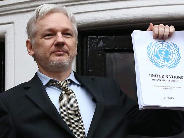 WikiLeaks предложил Apple, Google и Microsoft хакерские средства ЦРУ