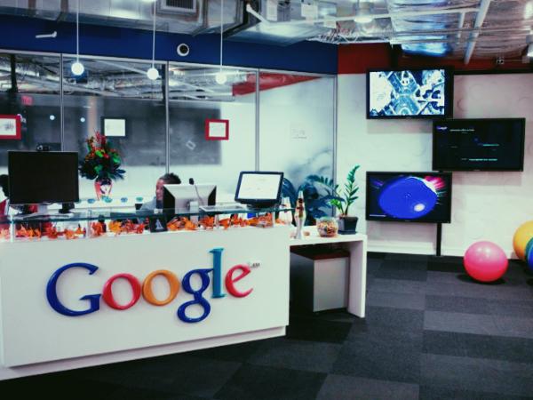 Внутренний документ Google пролил свет на увольнения инсайдеров