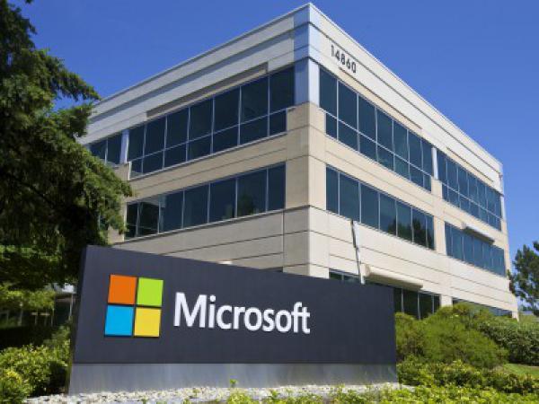Microsoft исправил рекордное количество уязвимостей в своих продуктах