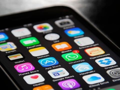 В мессенджере WhatsApp нашли лазейку для слежки за пользователями
