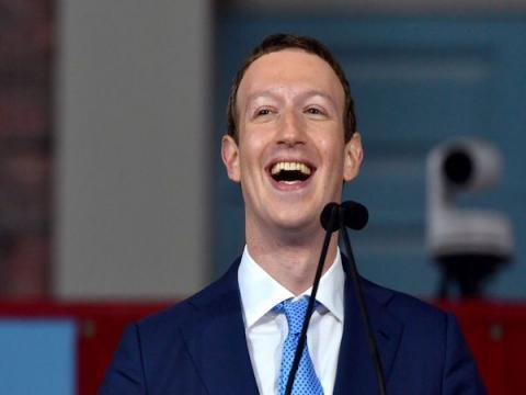 Марк Цукерберг заставляет команду Facebook использовать только Android