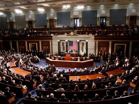 В сенате США одобрили законопроект об электронной слежке