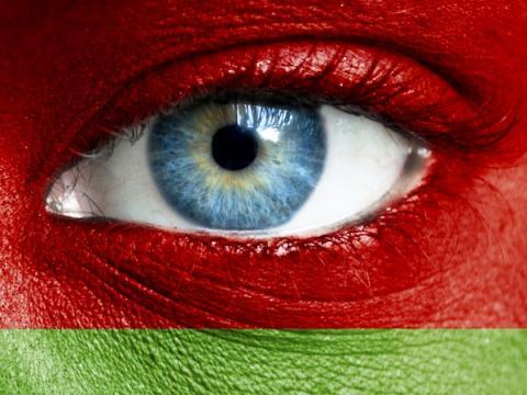 Белоруссия будет идентифицировать комментаторов в интернете по телефону