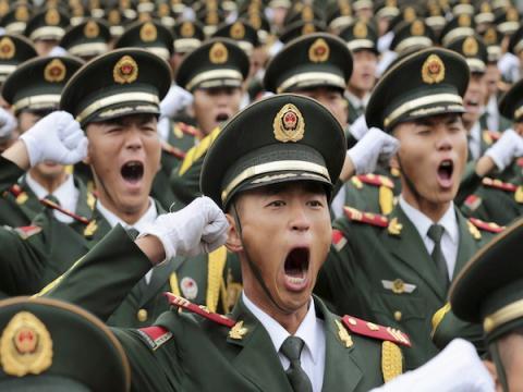Китайская армия будет контролировать военнослужащих с помощью приложения