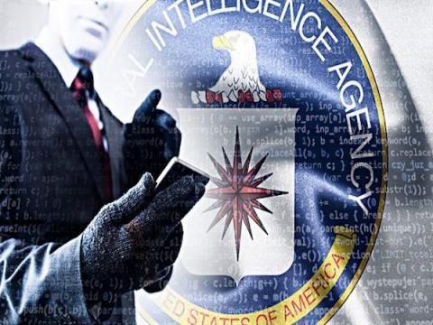 Бывший сотрудник ЦРУ обвиняется в передаче секретных данных WikiLeaks