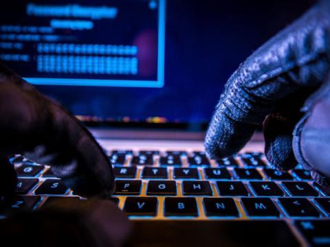 Нигерийский хакер взломал ряд нефтегазовых компании
