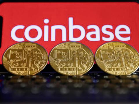 Дыра в 2FA криптобиржи Coinbase позволила украсть средства пользователей