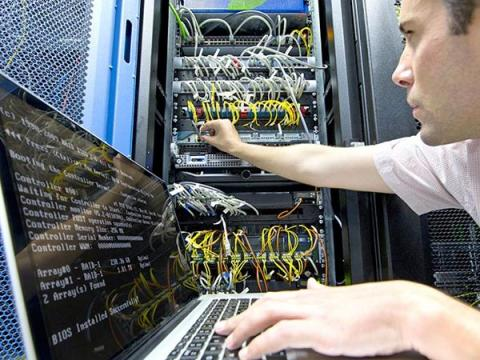 ЦБ разработал стандарт по аутсорсингу кибербезопасности