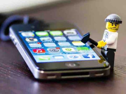 Разработчики вредоносов все больше заинтересованы во взломе iPhone
