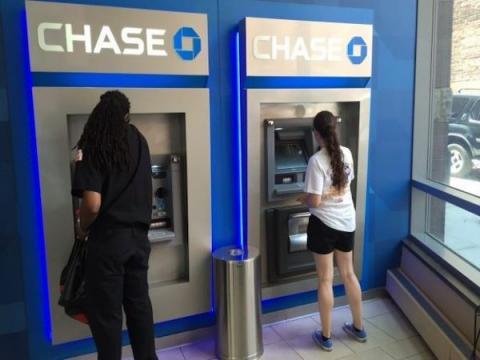 Киберпреступники научились грабить банкоматы без вредоносных программ