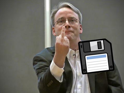 Линус Торвальдс готов попрощаться с дискетами в Linux