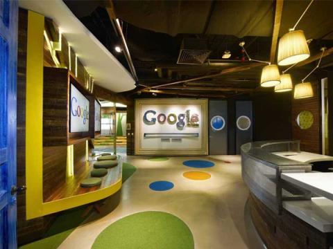 Сотрудник Google взломал двери, защищающие офис корпорации