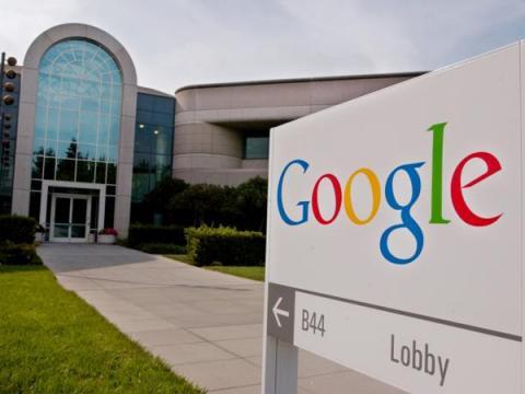 Корпорацию Google обвинили в уязвимости в 4 млн Android-смартфонах