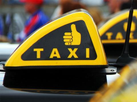 Общественники просят Роскомнадзор блокировать агрегаторы такси