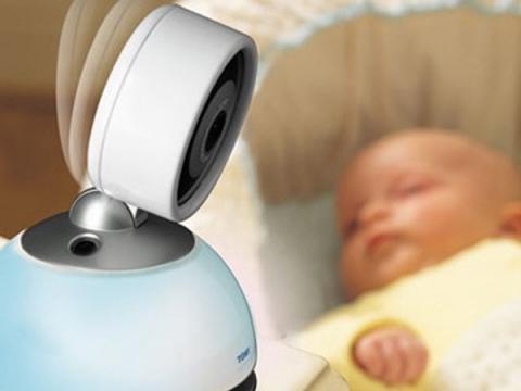 Хакеры взломали детский монитор и наблюдали за интимной жизнью родителей