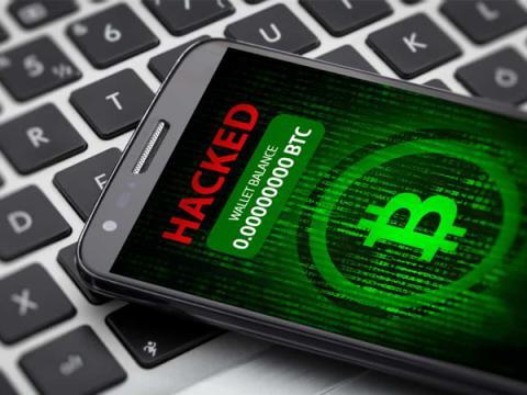 Популярный блогер стал жертвой хакера, убытки оцениваются в $2 млн