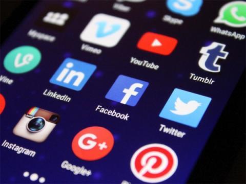 Австралия заставит Google, WhatsApp и Apple расшифровать переписки