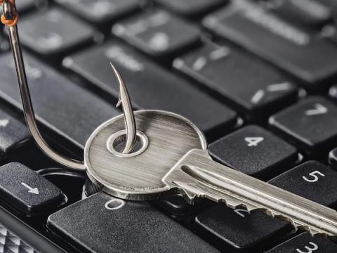Основные киберугрозы в сфере финансов в 2020  году — фишинг и DDoS-атаки