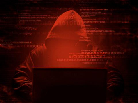 Мошенники могли взломать сайты более ста российских компаний