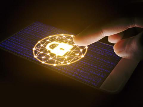 ФБР: мощные системы шифрования в телефонах усложняют расследования