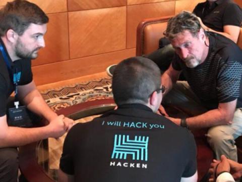 Джон Макафи вошел в команду украинского стартапа для хакеров Hacken