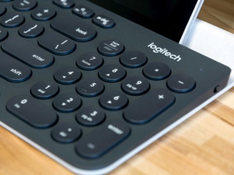 Приложение Logitech позволяло удаленно инициировать нажатия клавиш