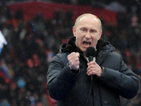 Запрет оскорбления власти и фейковых новостей поддержали в Госдуме
