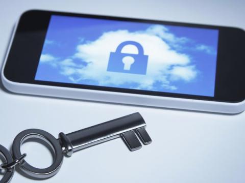 Телефон Ростеха с криптозащитой поступил в продажу в России за 85 т. р.