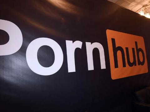 PornHub отметил скачок посещаемости в день сбоя Facebook и Instagram