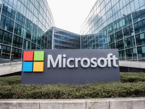 Microsoft получила контроль над 99 доменами правительственных хакеров