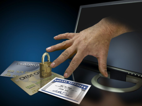 Преступники перехватывают платежную информацию на 4 600 сайтах