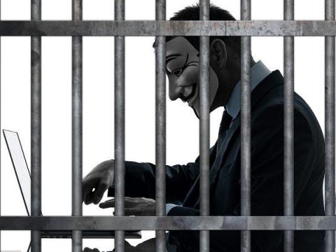 Подросток в Британии получил 20 месяцев тюрьмы за атаки подмены SIM