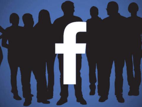 Около 100 разработчиков имели доступ к данным членов групп Facebook