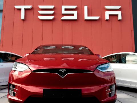 Части машин Tesla на eBay содержат конфиденциальные данные пользователей