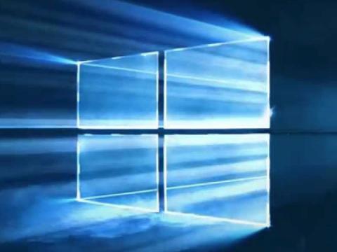 В Windows 10 2004 наблюдается баг со Storage Spaces, решения пока нет