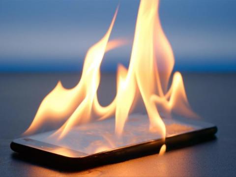 BadPower — форма атаки, способная воспламенять заряжаемые устройства
