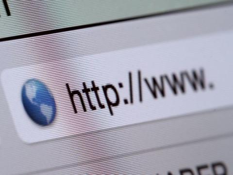 Мошенники активно регистрируют RU-домены с именами Tele2 и Роснефть