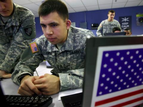 США используют миф о русских хакерах для контроля над кибервойнами