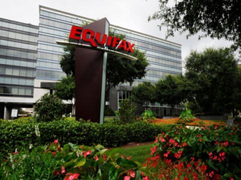 Генеральный директор Equifax покинул свой пост после инцидента с утечкой