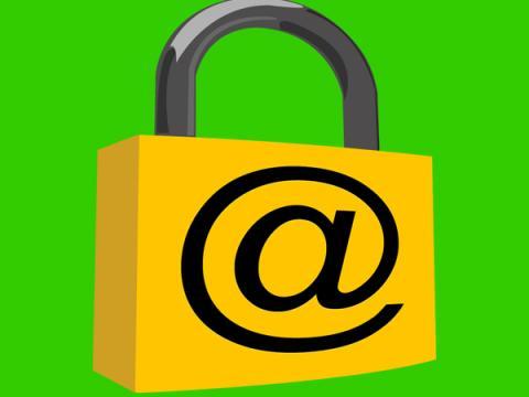 Устанавливаемый в Windows 10 менеджер паролей Keeper критически уязвим