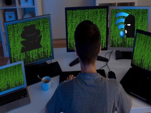 Американский киберпреступник шпионил за тысячами людей