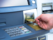 Банк России рассказал о методах мошенников, ворующих деньги у россиян
