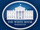 Сотрудникам Белого дома могут запретить использовать личные смартфоны