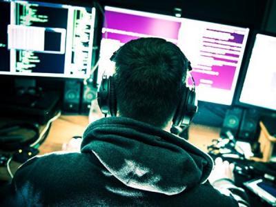 Хакеры заявили о взломе российского визового центра в США