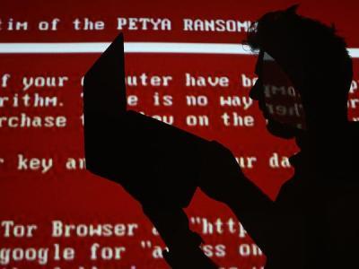 Системы Сбербанка на Украине не пострадали во время атаки вируса Petya