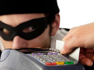 За кражу с банковских карт планируют сажать на 3 года